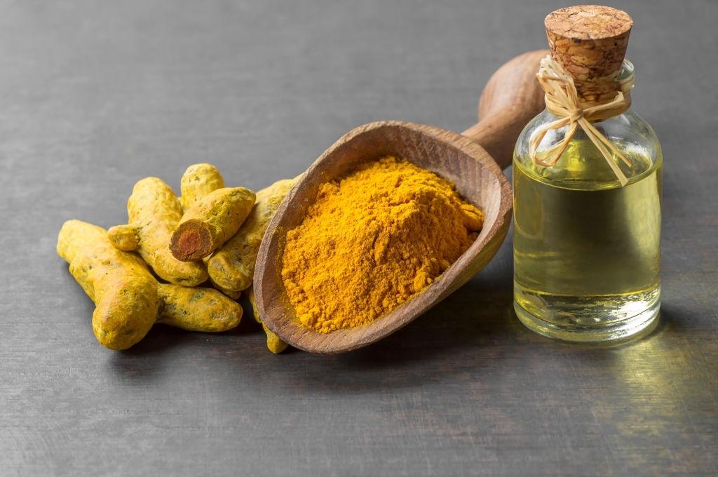 essential oil Turmeric-Kasthuri Kaha Oil-